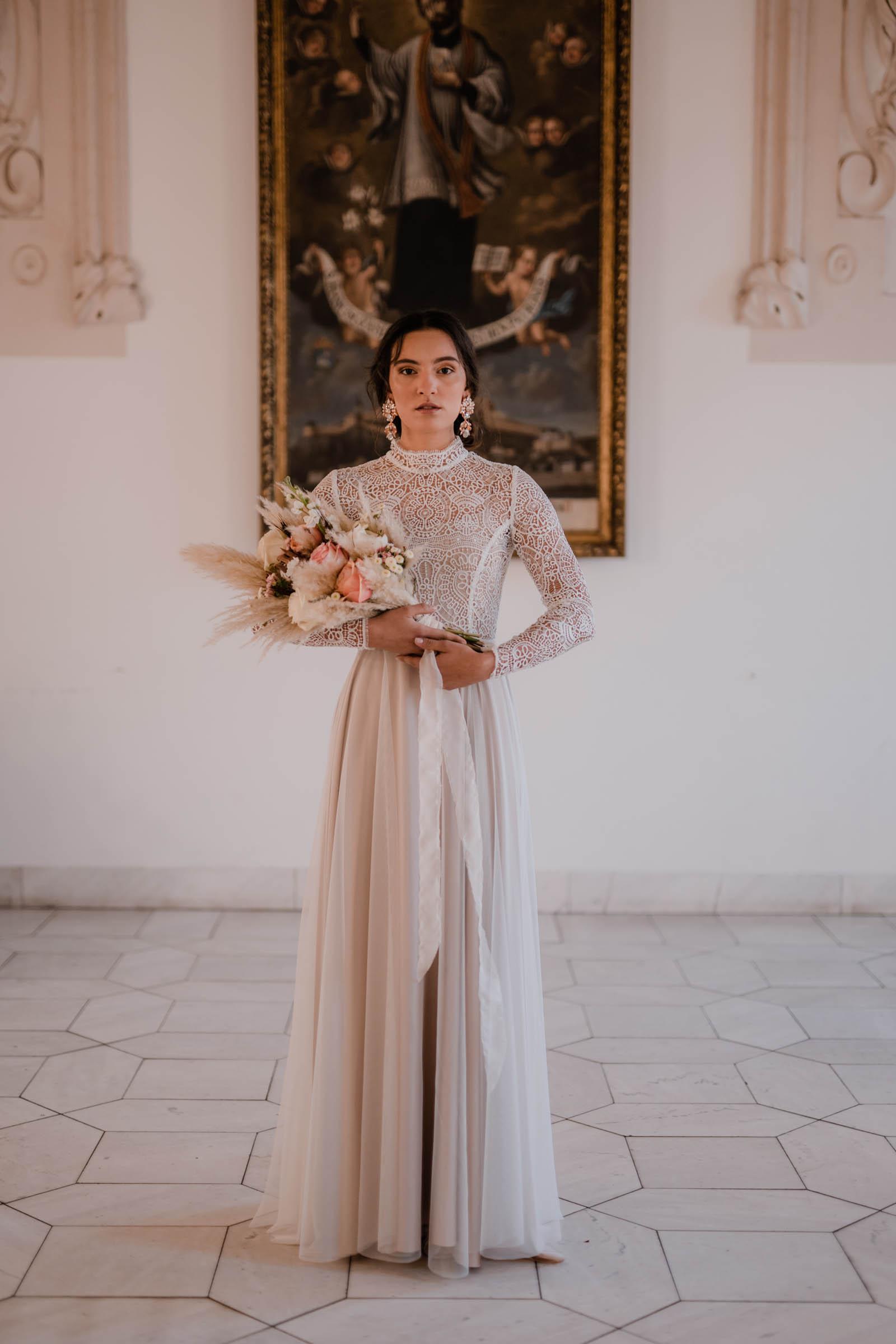 boho-svadobne-saty-veronika-kostkova-wedding-atelier-2019-charo-2