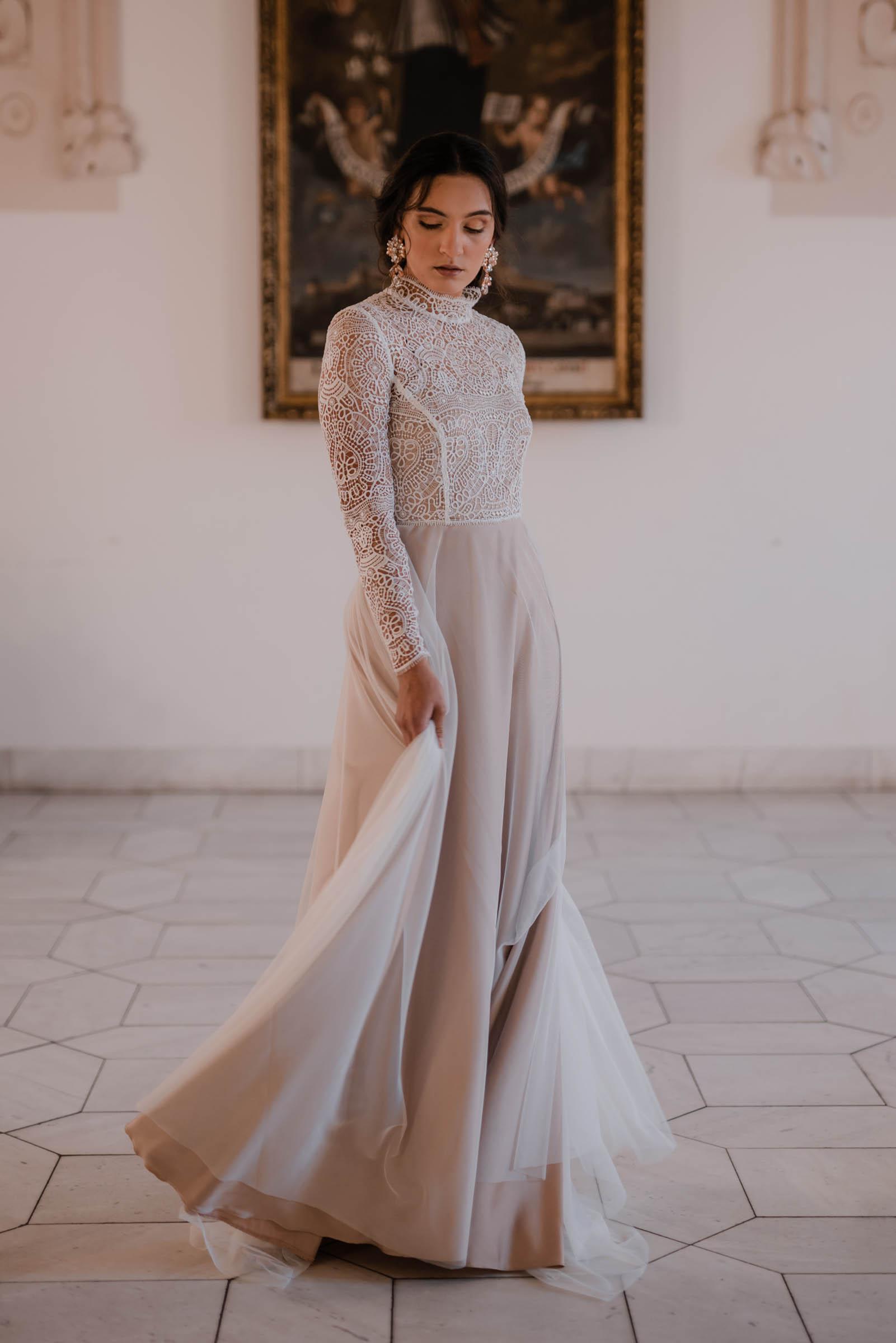 boho-svadobne-saty-veronika-kostkova-wedding-atelier-2019-charo-3