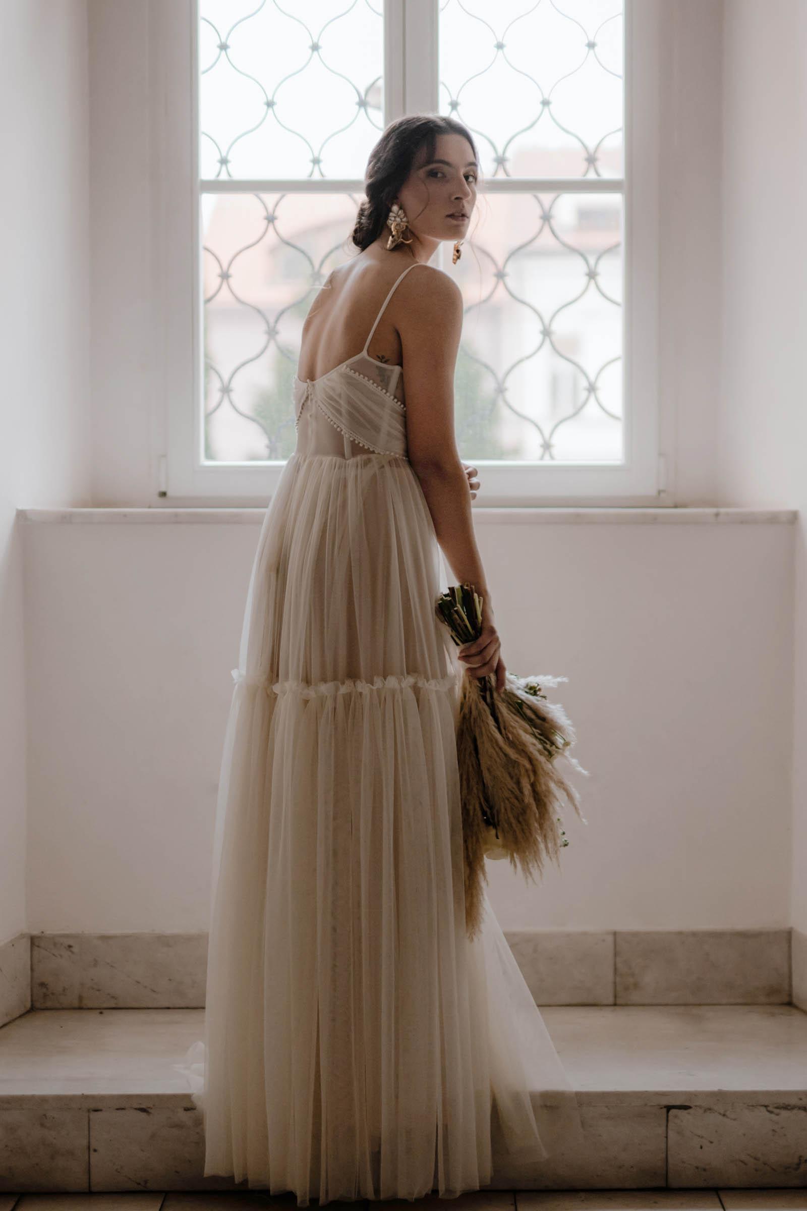 boho-svadobne-saty-veronika-kostkova-wedding-atelier-2019-isa-2