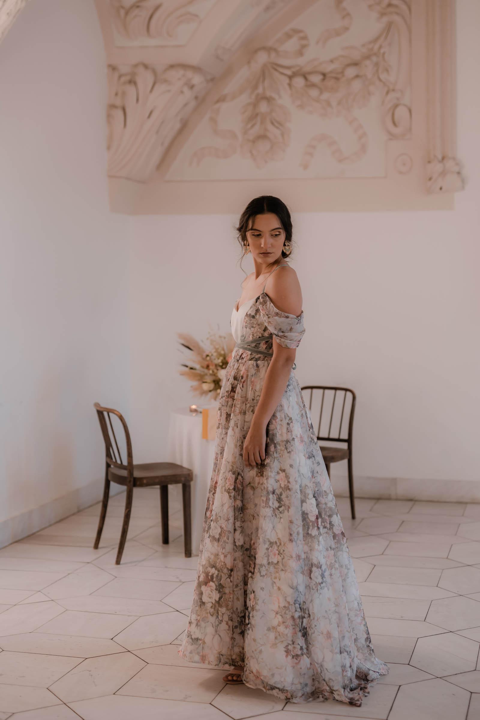 boho-svadobne-saty-veronika-kostkova-wedding-atelier-2019-maya-2
