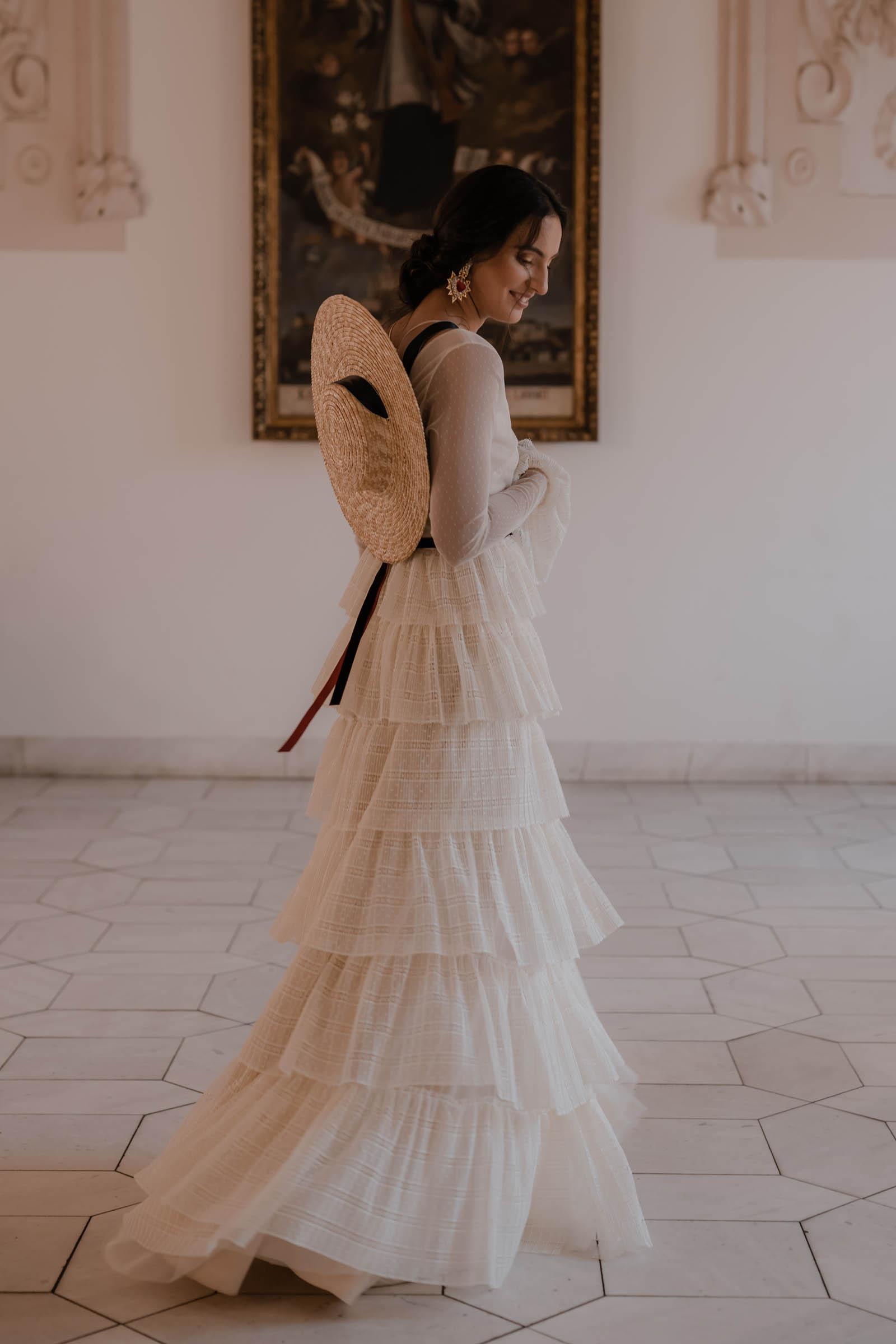boho-svadobne-saty-veronika-kostkova-wedding-atelier-2019-noa-3