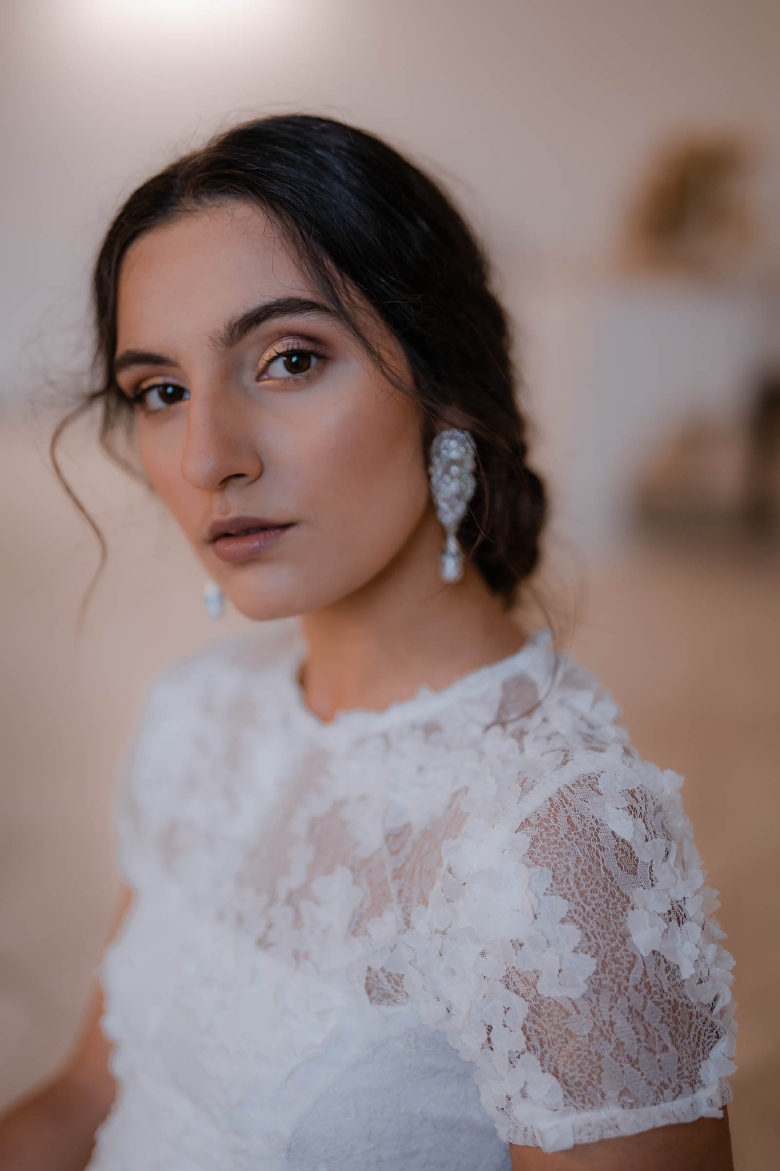 boho-svadobne-saty-veronika-kostkova-wedding-atelier-2019-rosa-3
