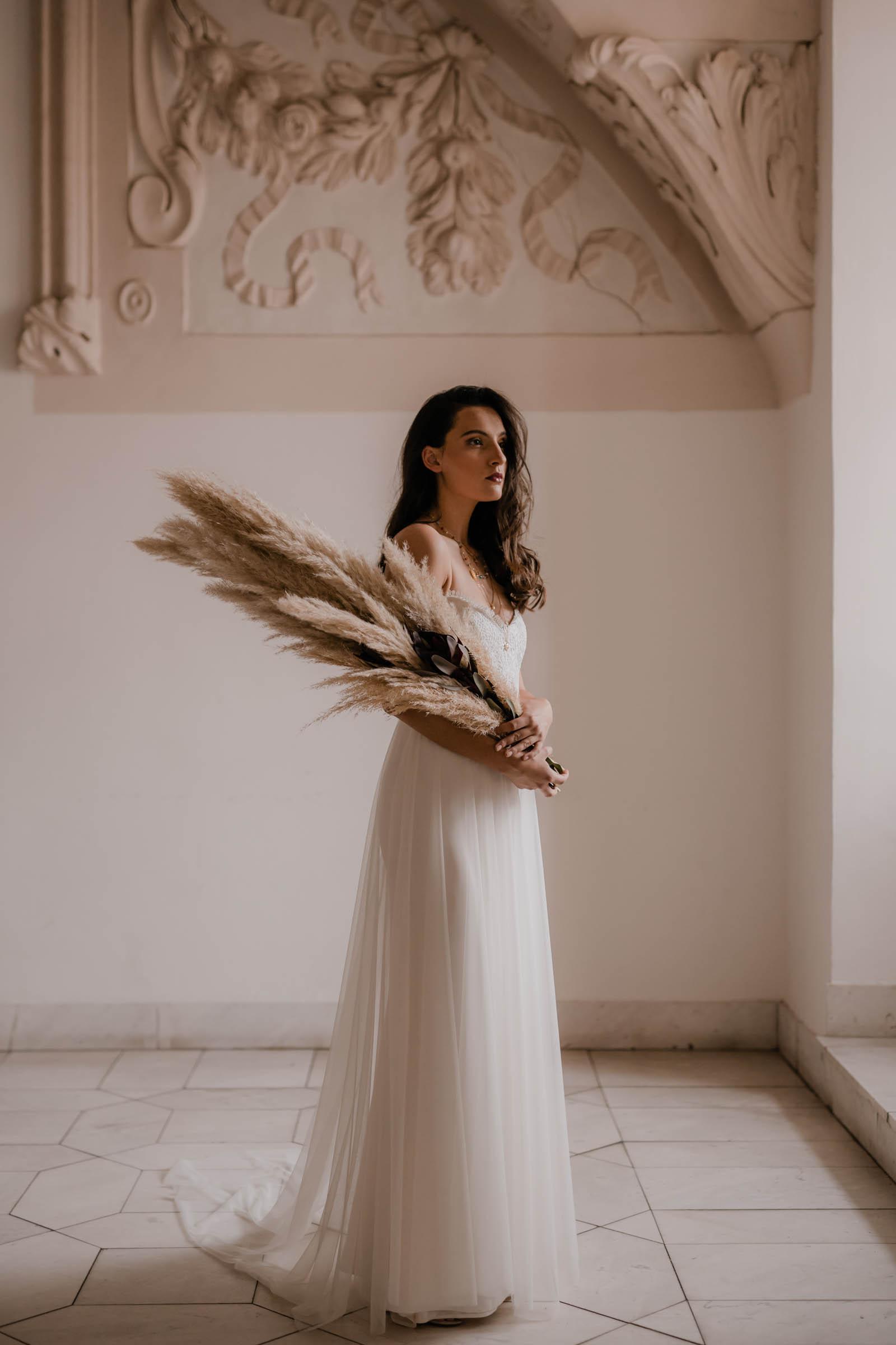boho-svadobne-saty-veronika-kostkova-wedding-atelier-2019-tavia-II-3